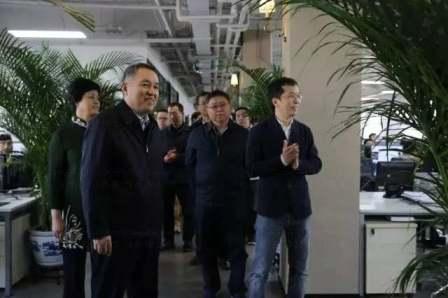 国家工商总局党组书记、局长张茅在东道调研
